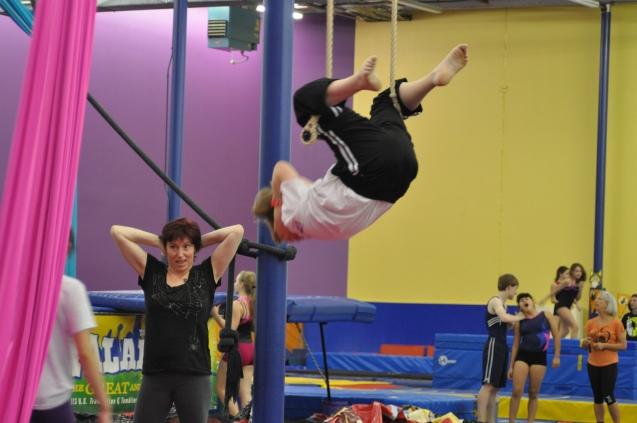 Trapeze crunches Lone Star Circus School