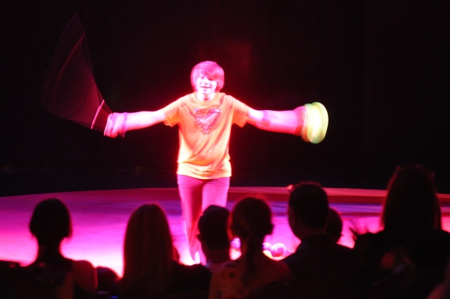Dallas Juggler Kameron Badgers in Lone Star CIrcus Cha Cha Cha