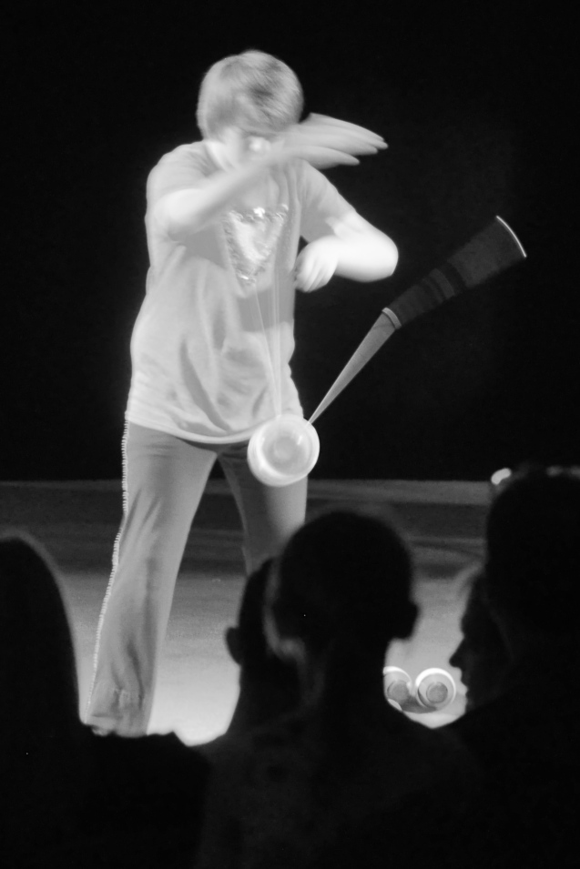 Dallas Juggler Kameron Badgers in Lone Star CIrcus Cha Cha Cha